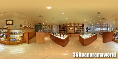 120703_ANA_Manza_shops